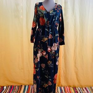 Floral maxi with sleeves